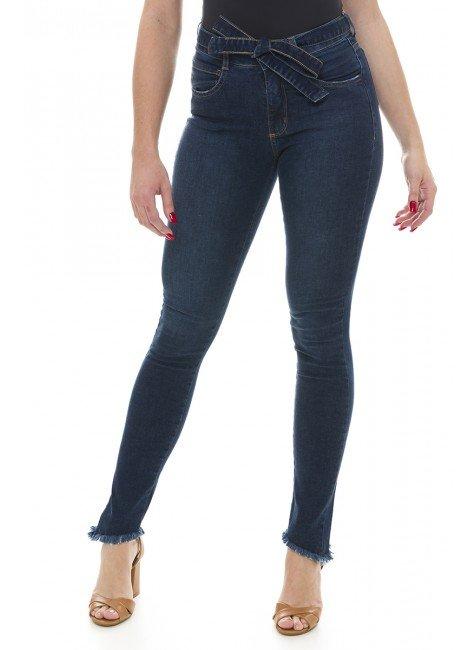 212910 Calça Jeans Feminina Skinny com Cinto Removível (Frente)