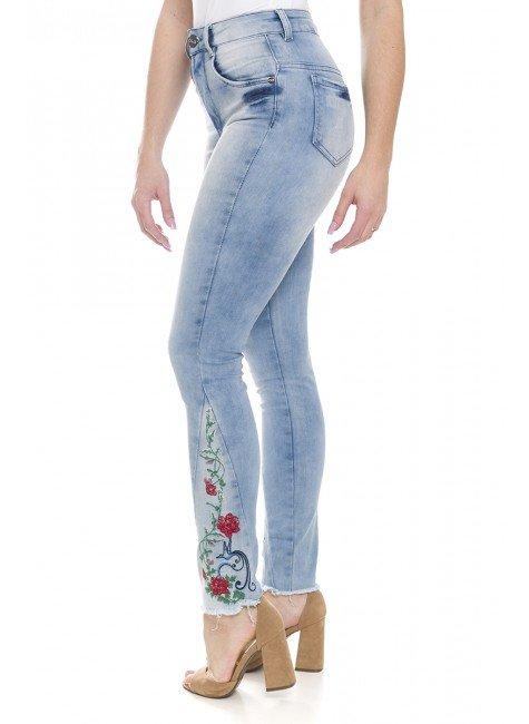 212761 Calça Jeans Feminina Skinny com Bordado (Lateral2)