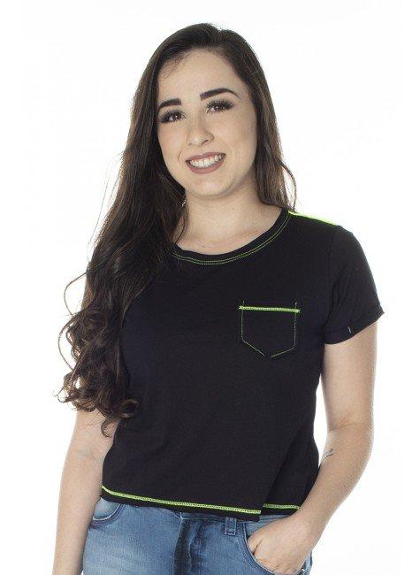 41212004003 T-Shirt Cropped Preta com Verde Neon (Frente)