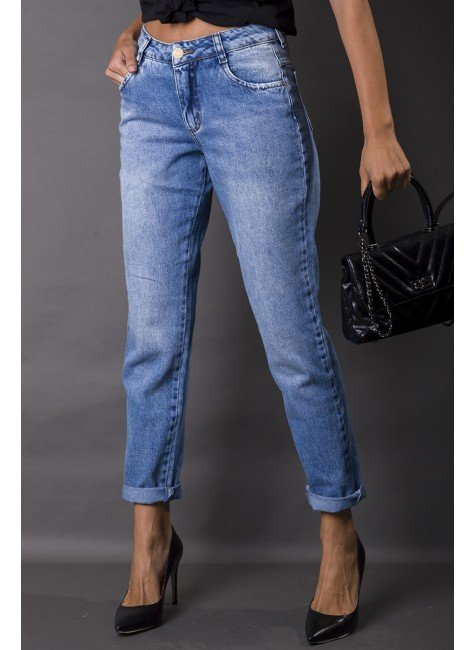 113000 Calça Jeans Mom Feminina (Frente)